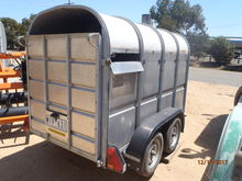 Calf/Sheep/Alpaca Trailer