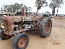 Fordson Major Petrol-Kero